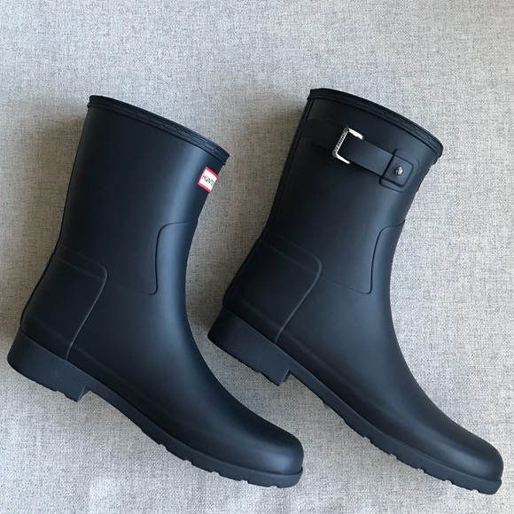 e8985b7be Hunter original refined navy blue short rain boots